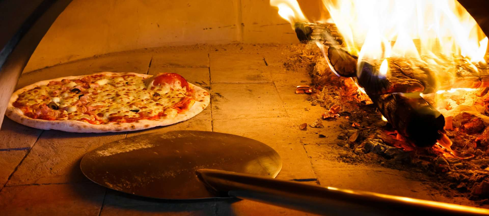 Delicious stone-fire cooked pizza from 486 degrees pizza catering service los angeles